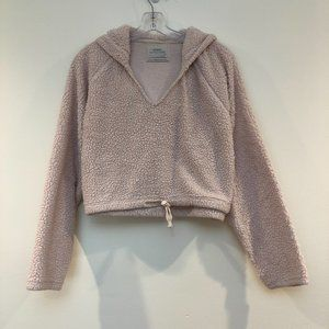 Urban Outfitters V Neck Fuzzy Sherpa Pullover XS